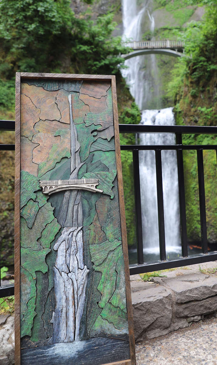 https://www.leonardlocatis.com/wp-content/uploads/2020/01/multnomah-falls-painting.min_.jpg
